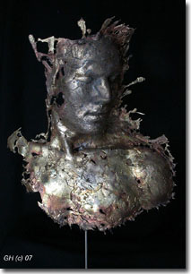 Figurative bronze artist Gabrielle Fischer Horvath was born in Hungary and is now living and working in Toronto / Ontario /Canada.